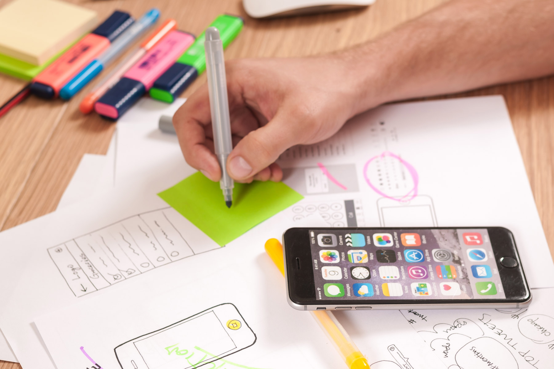 Why UX Plays a Starring Role at SwarmOnline